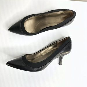 Tahari Enya black leather heels
